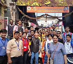 Visit to Dhobi Ghat for operations & SCM students