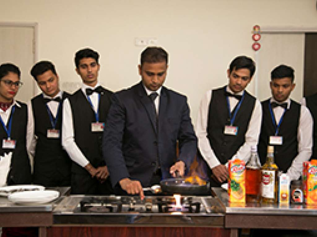 IHM Certificate Course Food and Beverage Service
