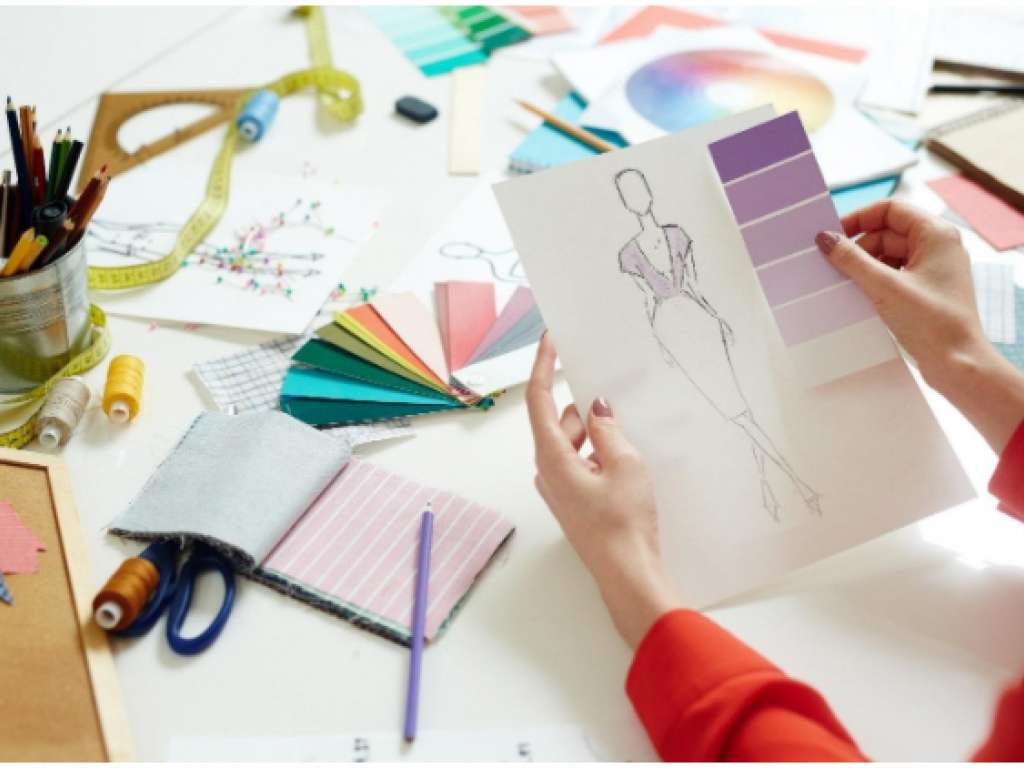 Difference Between Fashion Designing Degree And Diploma