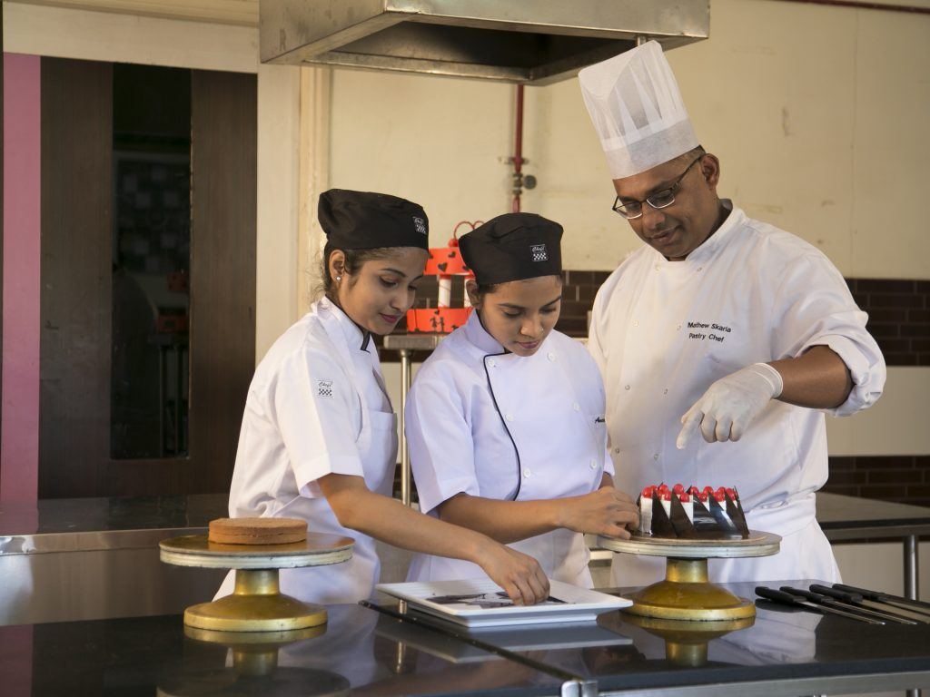 IHM Diploma in Patisserie & Confectionery