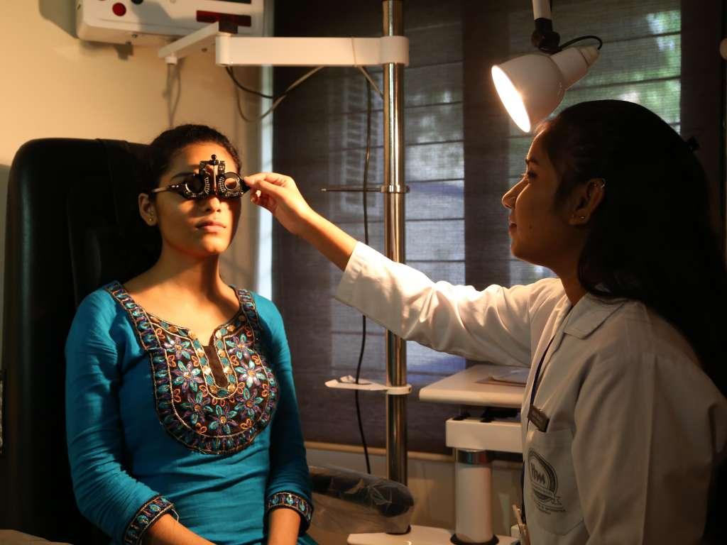 IHS Bachelor of Optometry